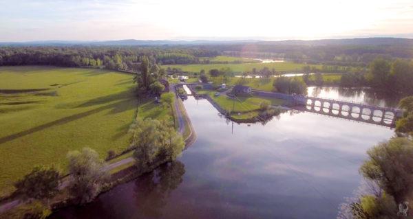 """Hausbootferien 2017, St-Léger-sur-Dheune - Louhans-Hafen und Schleuse bei """"La Truchère"""""""