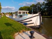 """Hausbootferien 2017, St-Léger-sur-Dheune - Louhans-Im Hafen von """"Fragnes"""""""