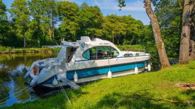 Hausbooturlaub 2018-Glénac/Bretagne-Ausgang mit Seitensteg