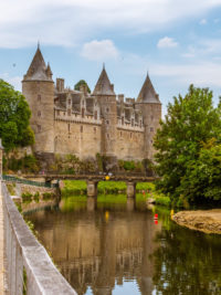 Hausbooturlaub 2018-Glénac/Bretagne-Schloss Josselin