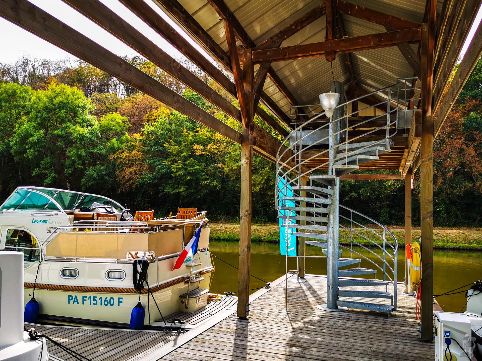Hausbooturlaub 2019 Corbigny-Locaboat Basis Corbigny