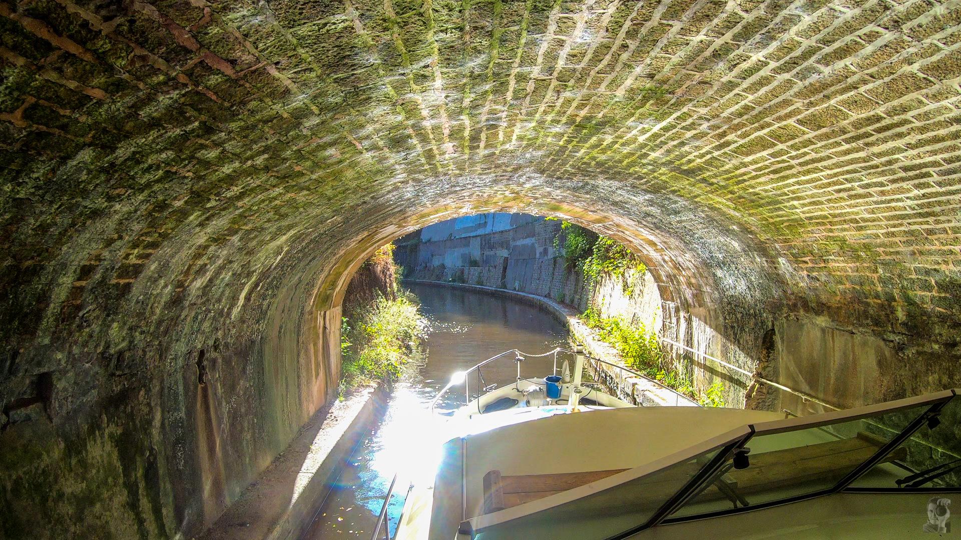 Hausbooturlaub 2019 Corbigny-La Collancelle, Ausgang Tunnel du Mouas